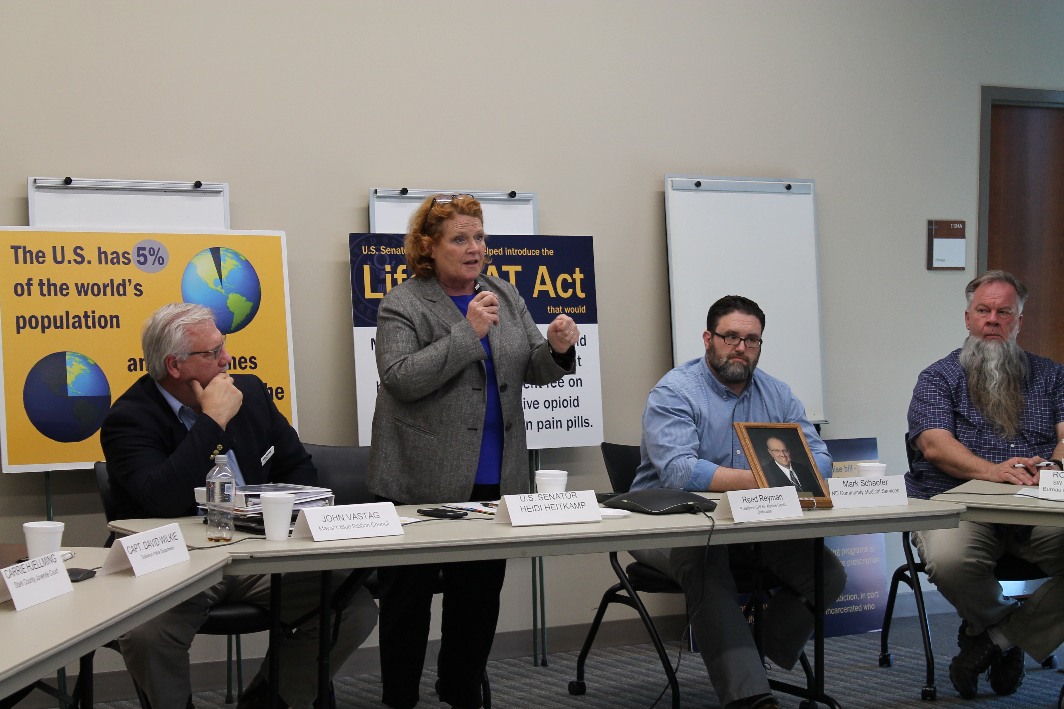 Sen Heitkamp Holds Roundtable At Chi St Alexius Dickinson Chi St