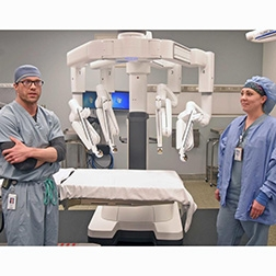 Robots aid Bismarck surgeons, wow patients