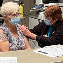 Bismarck holds mass vaccination clinic
