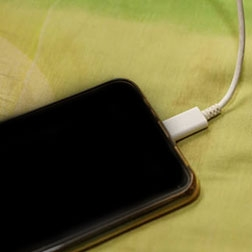 Cardiologists warn of iPhone 12 usage for people with defibrillators or pacemakers